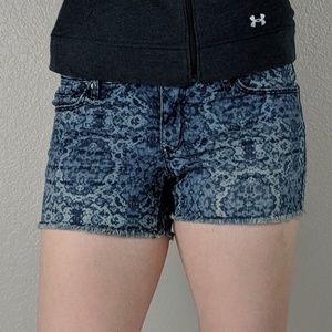 Mossimo Patterned Jean shorts SZ 4